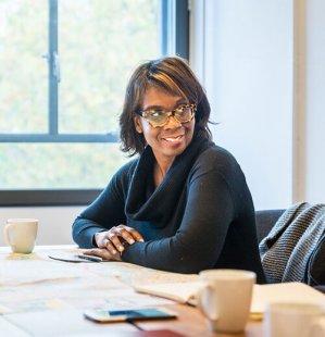 Urban Talks: Toni L. Griffin - online přednáška v CAMP
