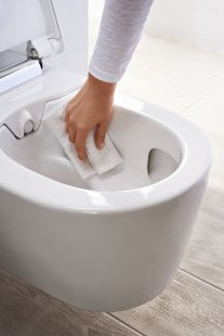 Puristicky elegantní design do každé koupelny - Jednoduché čištění WC mísy bez splachovacího okraje