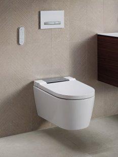 Puristicky elegantní design do každé koupelny - Geberit AquaClean Sela s chromovým krytem