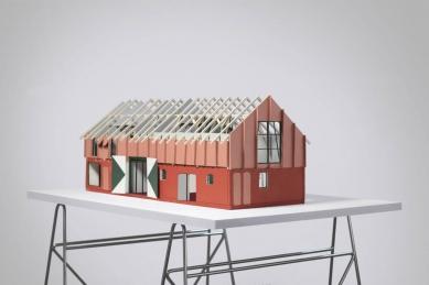 Singularch: Atelier Fanelsa (DE) | Malý Chmel (CZ) - Atelier Fanelsa