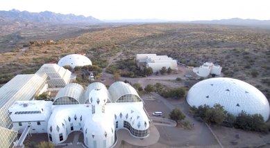 Den architektury 2021 - Film a architektura - Spaceship Earth (Matt Wolf, USA, 2020)
