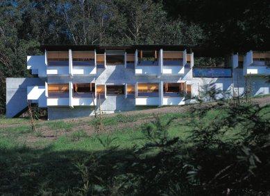 Architekta Glenna Murcutta proslavily domy v divočině