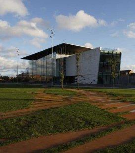 Galerie MIMA z dílny EEA - Klíč k revitalizaci Middlesbrough - foto: © Marcus Ginns