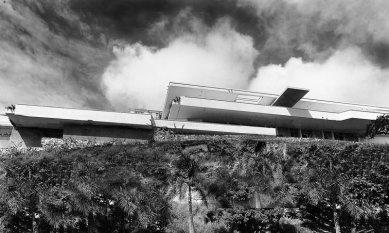 Moderní architektura v Kolumbii - Casa en Cali Manolo Lago, 1956