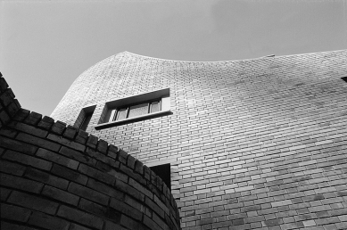 Moderní architektura v Kolumbii - House in Bogota, Fernando Martinez, 1962 - foto: E. Samper