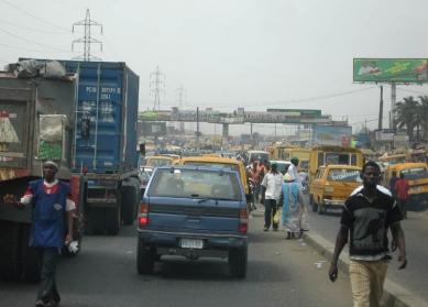 LAGOS - MĚSTO ZÍTŘKA - foto: Pavel Nasadil