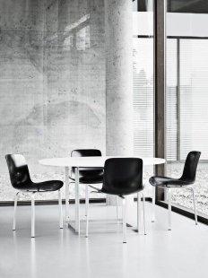 Příběh skandinávské moderny IV. - Poul Kjærholm, židle PK8 (navržena v roce 1978; do roku 2007 pouze jako prototyp) - foto: Fritz Hansen
