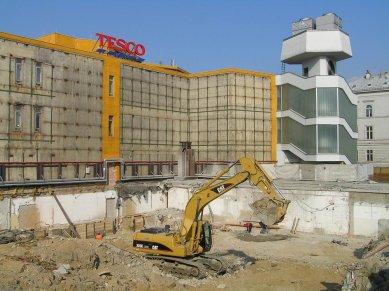 Demolice obchodního domu Ještěd v plném proudu - foto: Šárka Jiroušková