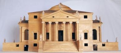 Výstava Andrea Palladio - His Life and Legacy - Villa Capra - model, 1970, 65 x 140 x 140 cm, lípa, buk a porcelán - foto: Centro Internazionale di Studi di Architettura Andrea Palladio, Vicenza. Photo Alberto Carolo