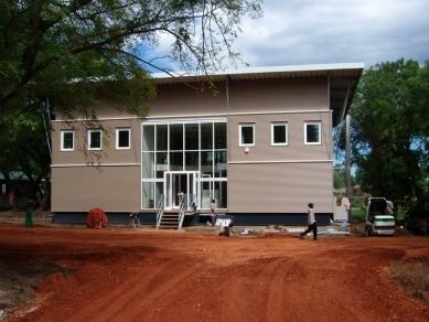 Modulární výstavba a sádrovláknité desky FERMACELL - Joint Donor Office-JDO, Súdán