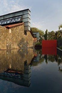 Lubetkinovou cenou byl oceněn olympijský stadion v Pekingu - Finalista: Britská ambasáda, Colombo, Srí Lanka - Richard Murphy Architects - foto: © Richard Murphy