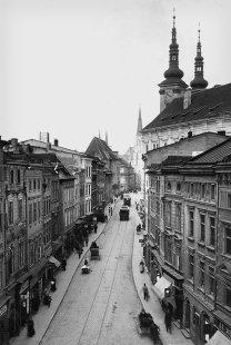 Středoevropské forum Olomouc - architektonická studie - Olomouc, průhled Denisovou ulicí, 1901 - foto: © Muzeum umění Olomouc