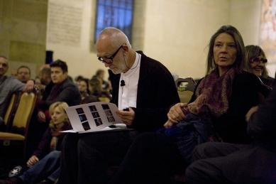 Peter Zumthor: 3 stavby, 4 projekty - Peter Zumthor se svou ženou Annalisou. - foto: Lucie Mlynářová, 2009
