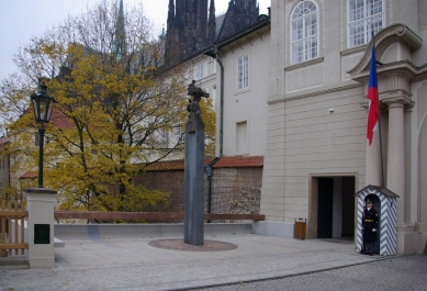 Lev opět na Pražském hradě