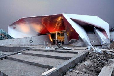 Rakouský pavilon pro šanghajské EXPO 2010 od SPAN - Fotografie z dokončování pavilonu - foto: SPAN & Zeytinoglu Architects