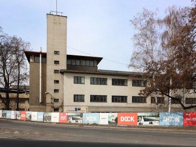 Budova libeňské loděnice od Jaroslava Fragnera zničena - foto: Lukáš Beran, 19.03.2010