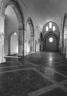 Jiří Oplatek a Ivan Koleček: Švýcarsko neexistuje - Ivan Koleček : restaurování cisterciáckého kláštera Abbaye de Bonmot, Cheserex, 1995