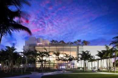 Koncertní sál v Miami od Franka Gehryho - foto: Courtesy of Frank Gehry Partners, LLP