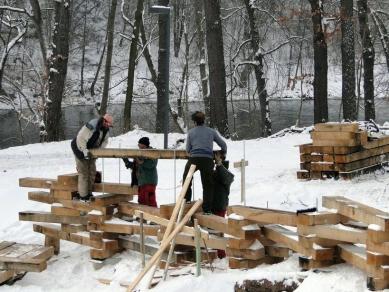 Nábřeží Maxipsa Fíka vKadani pokračuje - Stavba AmFíku - víceúčelového amfiteatru
