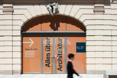 Vídeň: Architekturzentrum Wien - Pohled z venku - foto: Hertha Hurnaus