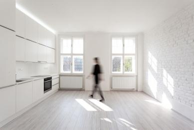 Alex Shoots Buildings - B2 Architecture - White Flat